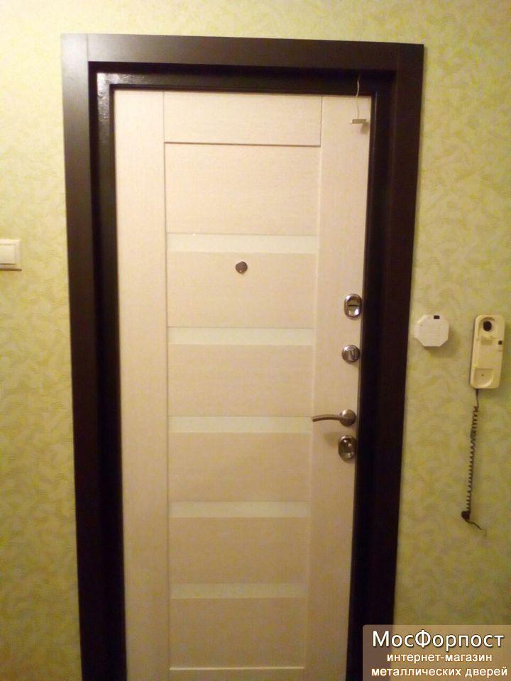 металлические двери устанавливаем стальные